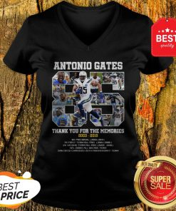 Good Antonio Gates 85 Thank You For The Memories 2003 2019 8X Pro Bowl V-Neck