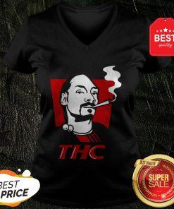 Pretty Snoop Dog Smokes THC V-Neck