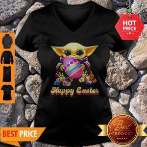 Good Baby Yoda Hug Easter Egg Happy Easter V-Neck