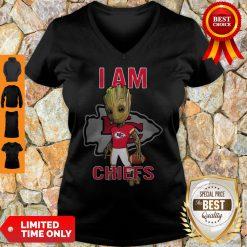Nice Baby Groot I Am Kansas City Chiefs Logo V-Neck
