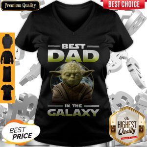 Top Master Yoda Best Dad In The Galaxy V-Neck
