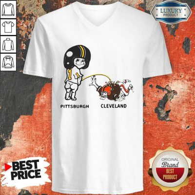 Pretty Piss On Pittsburgh Steelers Pee Cleveland Browns V-neck