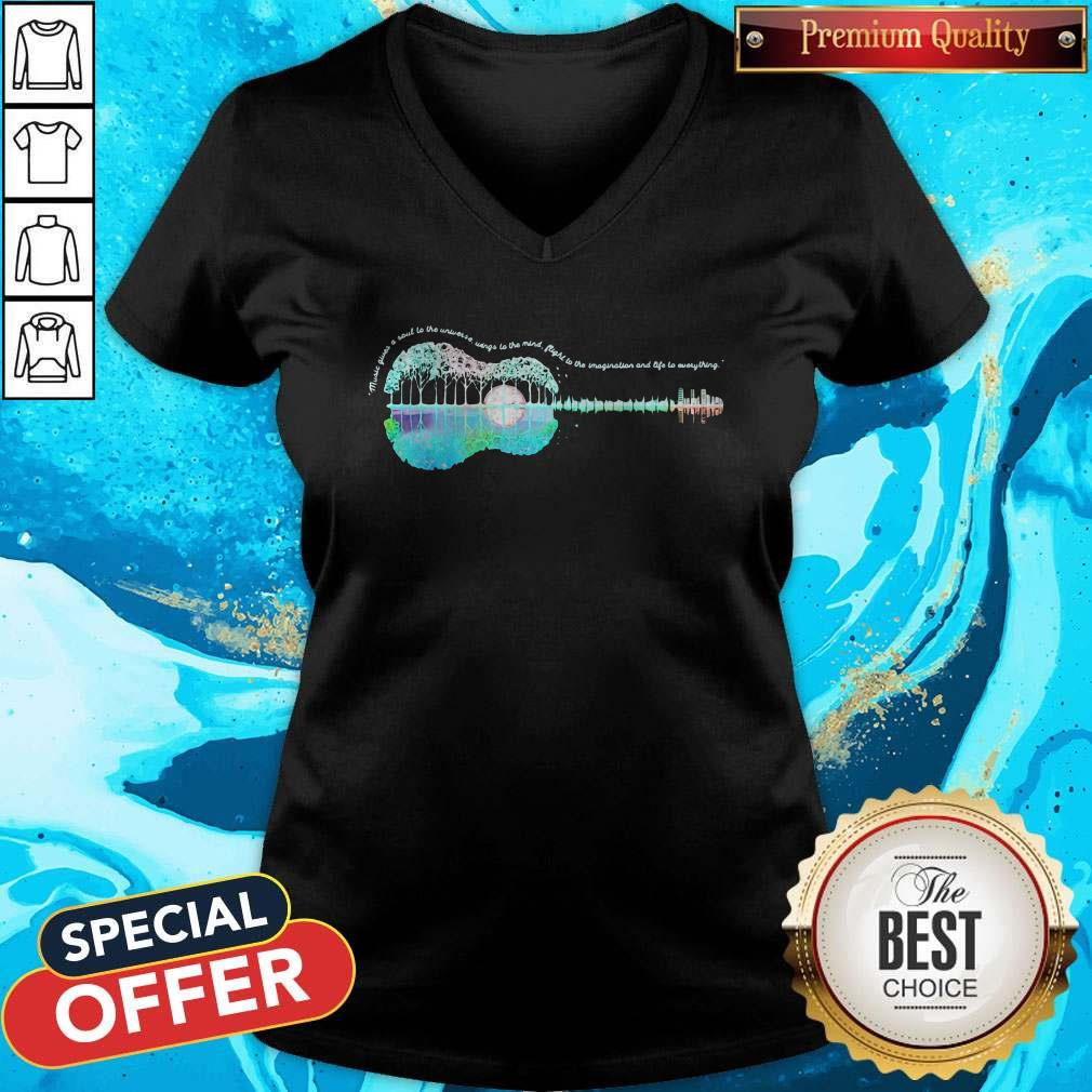 Vip Guitar Life Music Juices A Soul To The Universe Sings To The Mind Plight To The Imagination And Life To Everything V-neck