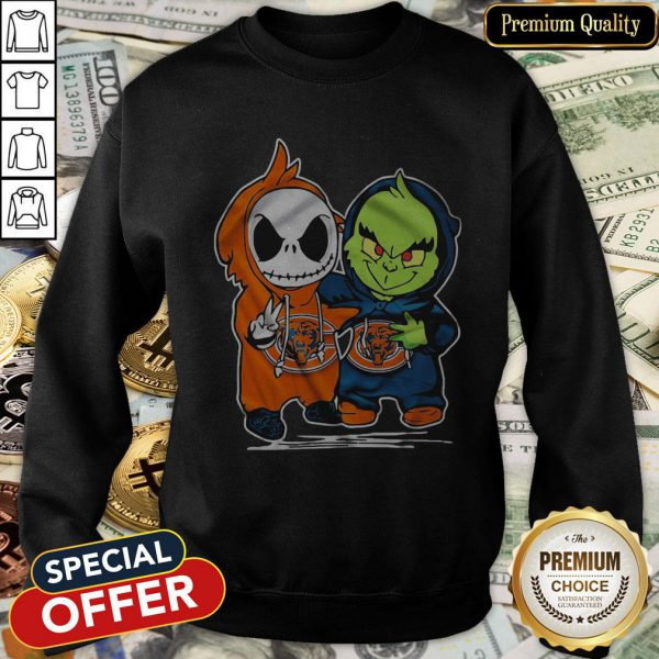 Baby Skeleton And Baby Grinch Chicago Bears SweatShirt