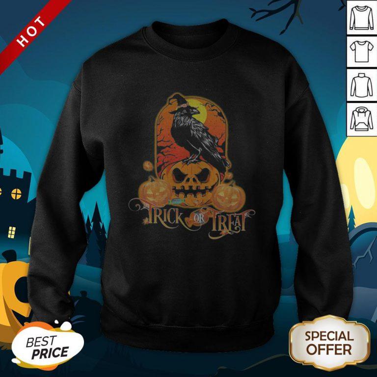 Halloween Raven Witch Trick Or Treat Pumpkins SweatShirt