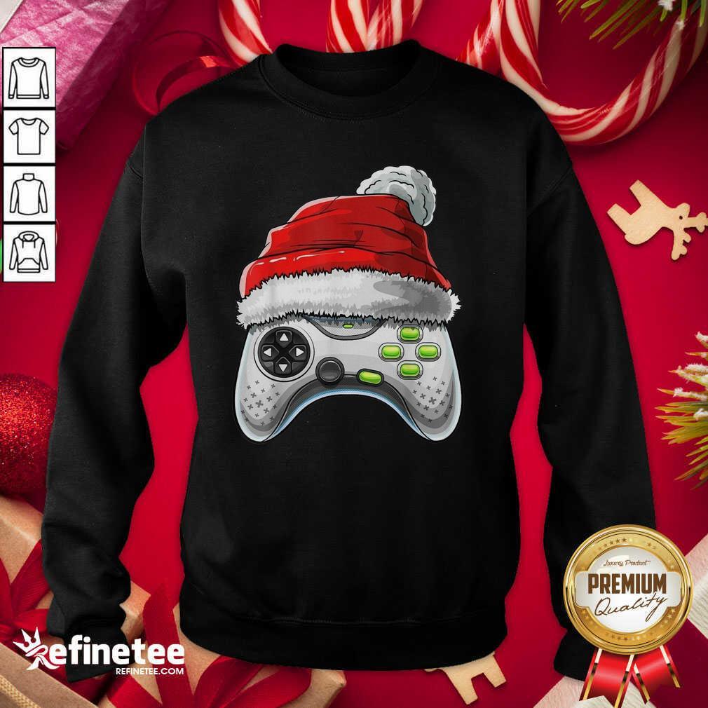 Video Game Controller Santa Hat Christmas Sweatshirt - Design By Refinetee.com