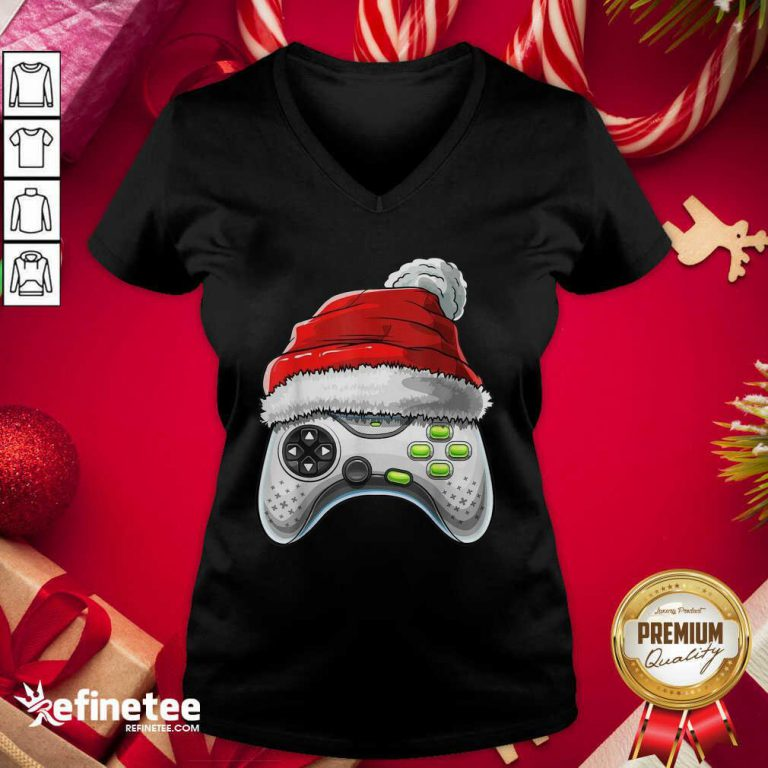Attractive Video Game Controller Santa Hat Christmas V-neck - Design By Refinetee.com