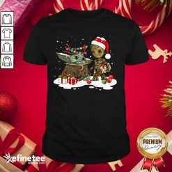 Top Baby Yoda And Baby Groot Happy Merry Christmas Shirt - Design By Refinetee.com
