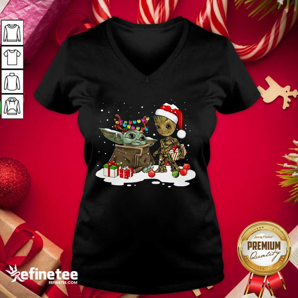 Baby Yoda And Baby Groot Happy Merry Christmas V-neck - Design By Refinetee.com