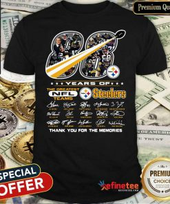 Good 88 Years Of The Greatest NFL Teams Pittsburgh Steelers Thank You For The Memories Signatures Shirt - Design By Refinetee.com