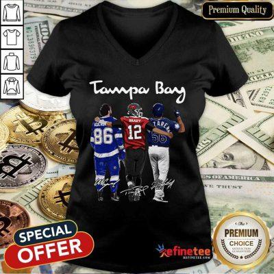 Hot Tampa Bay Nikita Kucherov Tom Brady Mvp Signatures V-neck