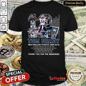 Lovely Number 12 Tom Brady New England Patriots 2000 2019 Signature Shirt