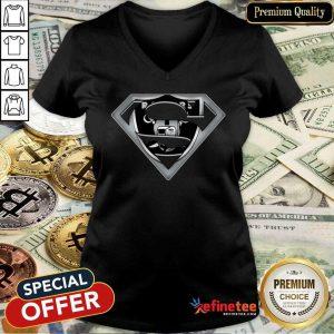 Premium Oakland Raiders Superman 2021 V-neck