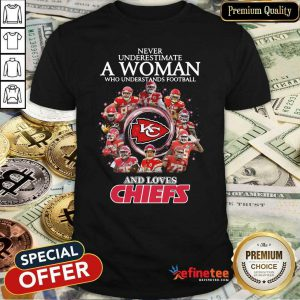 Pro Never Underestimate A Woman Who Understands Football And Loves Kansas City Chiefs Signatures 2021 Shirt