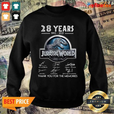 Excellent 28 years 1993 2021 Jurassic World Thank You For The Memories Signatures Sweater