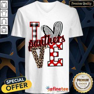 Hot I Love Panthers Love V-neck